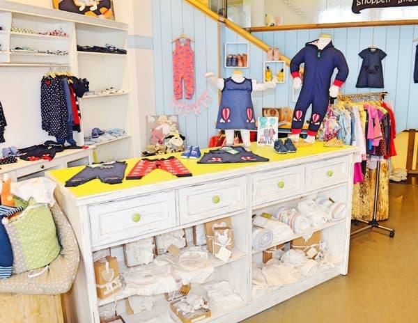 Cafe de Bambini - Cafe und Geschäft für Babybekleidung