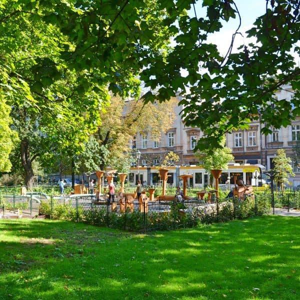 Krakau Spielplatz Plac zabaw Vollansicht