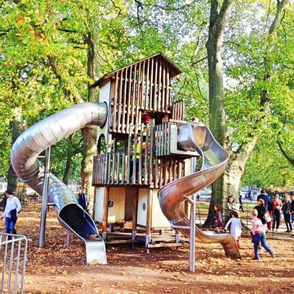 LONDON Coram's Fields playground outdoor Streichelzoo Spielplatz