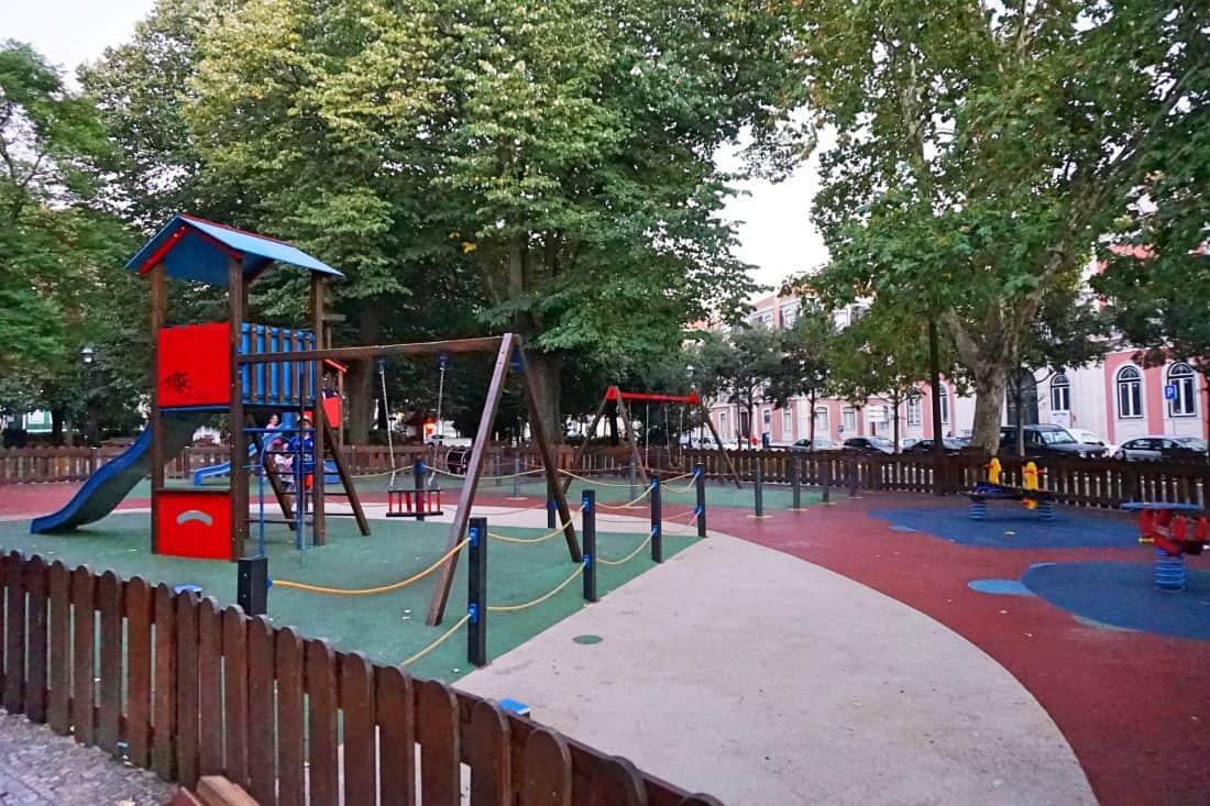 lissabon outdoor spielplatz jardim do principe real. Black Bedroom Furniture Sets. Home Design Ideas