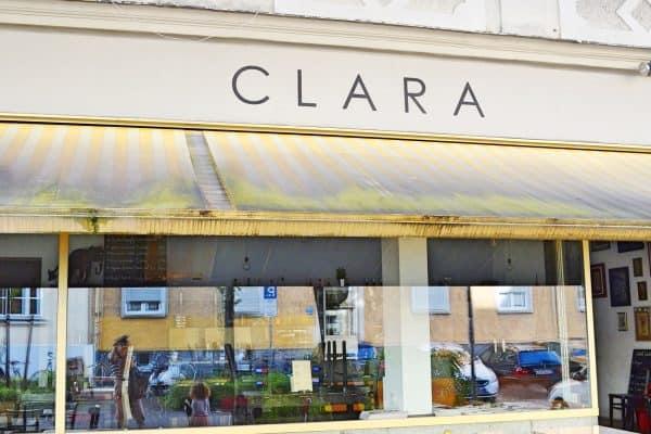 München Cafe Clara kinderfreundlich Spielecke