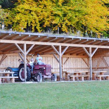 München Waldtierpark Aying, Familienausflug, Ausflug mit Kindern Bergtierpark, Spielplatz Rutsche