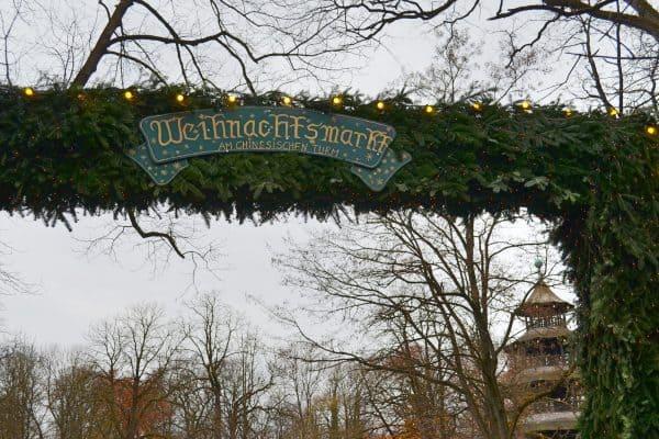 Chinesischer Turm Englischer Garten München mit Kind Weihnachtsmarkt mit Kind München Omas Geschichtenstall Weihnachtsgeschichten für Kinder Weihnachtsgebäck Weihnachtsplätzchen