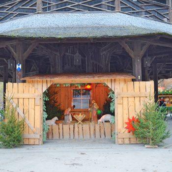 Chinesischer Turm Englischer Garten München mit Kind Weihnachtsmarkt mit Kind München Omas Geschichtenstall Weihnachtsgeschichten für Kinder Weihnachtskrippe
