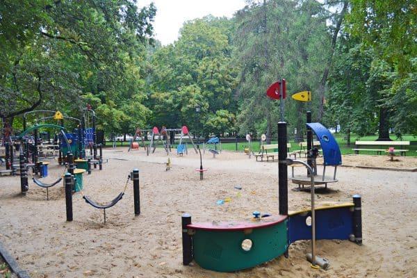 Spielpatz in Warschau für Familien mit Kinder in Polen