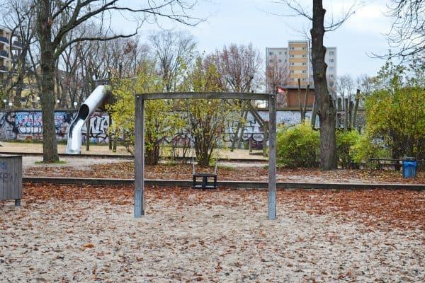 Viktoria Park Berlin mit Kind Spielplatz Streichelzoo Familienbrunch Familienrestaurant Brunch mit Kindern
