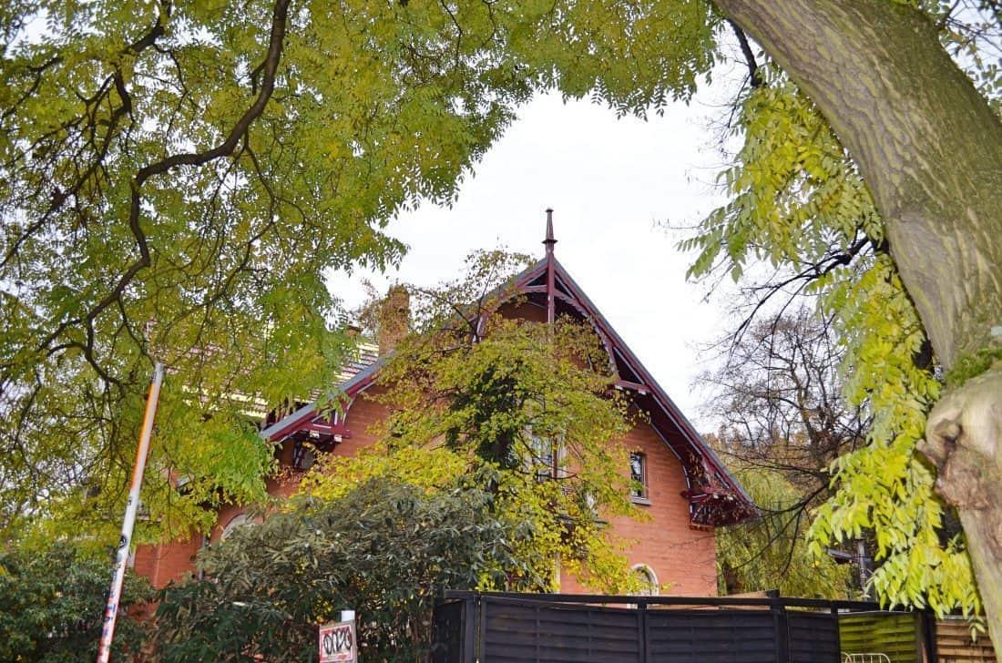 Viktoria Park Berlin mit Kind Spielplatz Tiergehege Familienbrunch Familienrestaurant Brunch mit Kindern
