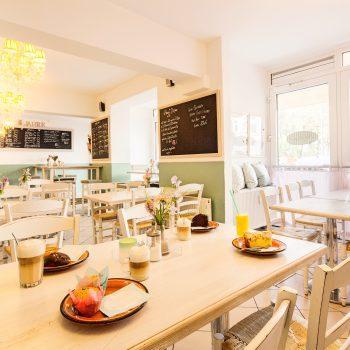 Café Die Pampi in Hamburg Eimsbüttel, Kinderecke; Wickelmöglichkeit, Frühstück, Kuchen, Mittag