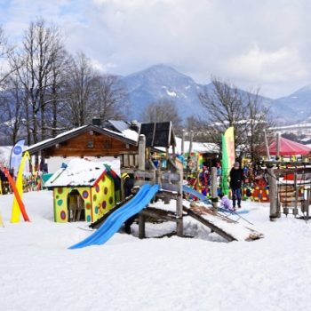 Kinderschneeland Villa Lustig in Lenggries, Brauneck, mit Skikindergarten