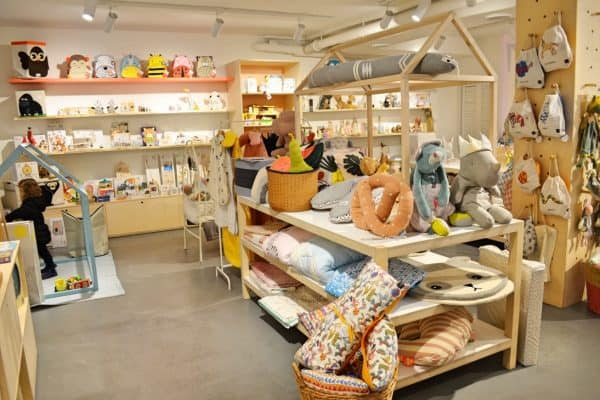 Kiddy Kabane_ConceptStore_Verona with kids