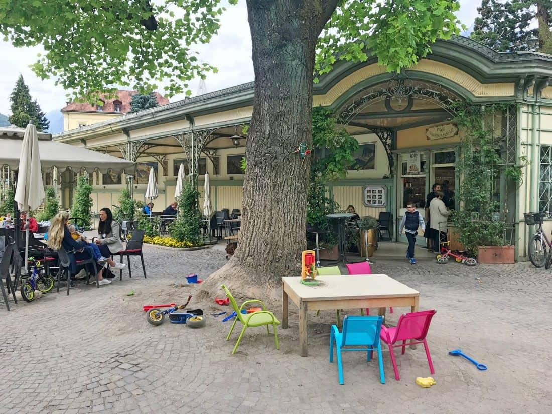 CHILD-FREINDLY CAFÉ WANDELHALLE IN MERANO