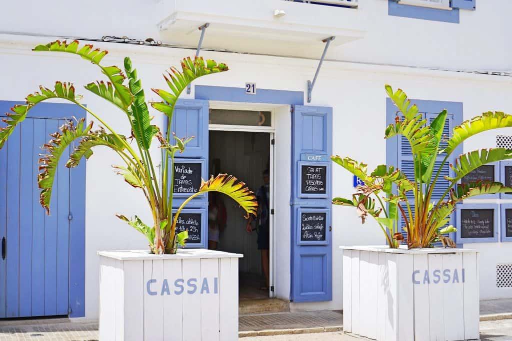 Cassai beach house in Colonia de Sant Jordi, Mallorca, kinderfreundliches Restaurant direkt am Strand, recommended by the urban kids