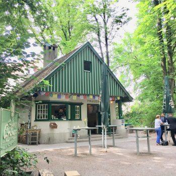 Fräulein Grüneis im Englischen Garten, Charmanter Kiosk mit Bio Produkten, München mit Kind