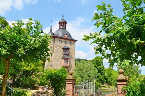 Schloss Vollrads mit Naturpfad für Familien