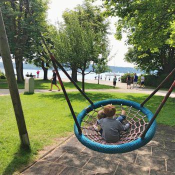Spielplatz am See, Starnberger See, Kleinkindbereich, Klettergerüst, recommended by the urban kids