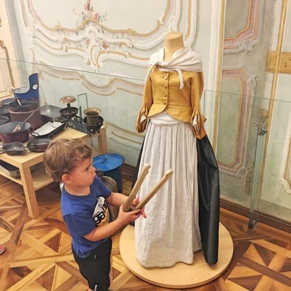 Kindermuseum im Schloss Schönbrunn Wien mit Kind kinderfreundliche Plätze für Familien, recommended by the urban kids