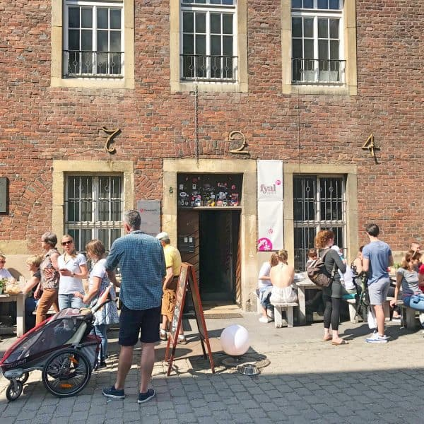Café Fyal Central in Münster, kinderfreundlich draußen sitzen, , recommended by the urban kids