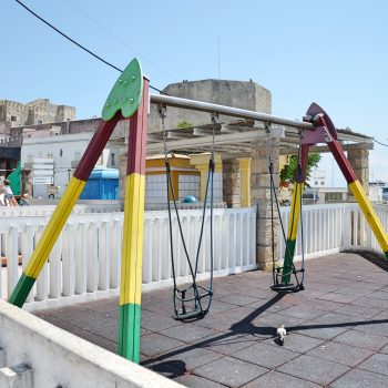 Tarifa mit Kindern Spielplatz in der Altstadt