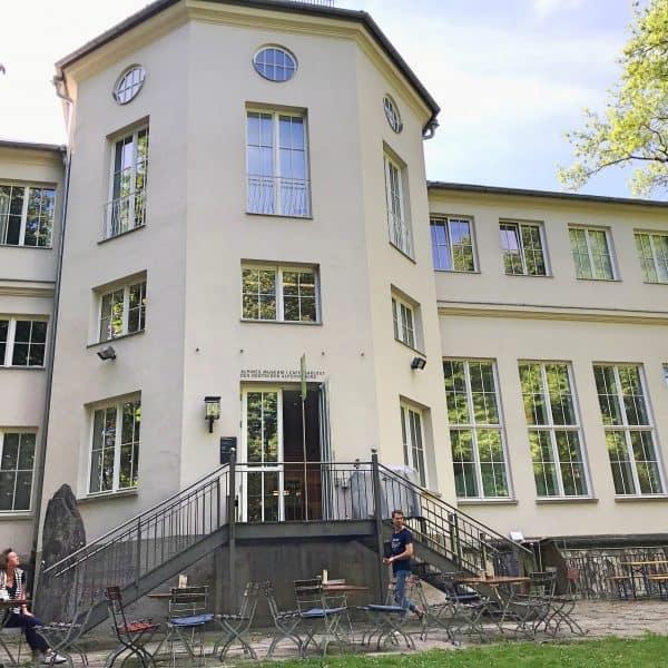 Kinderfreundliches Café Isarlust auf der Praterinsel an der Isar in München,
