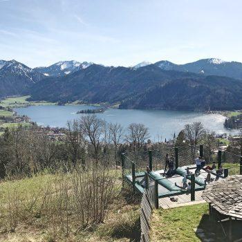 Kinderfreundliche Schliersbergalm mit Spielplatz, Familienausflug Münchener Umland