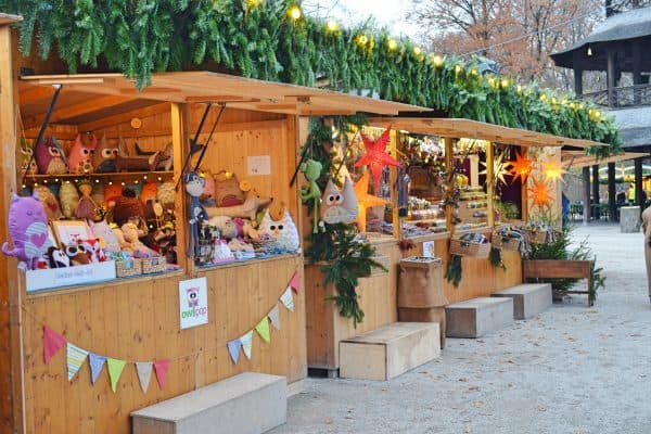 Chinesischer Turm Englischer Garten München mit Kind Weihnachtsmarkt in München mit Kind, the urban kids