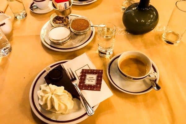 Sachertorte im Café Sacher Salzburg