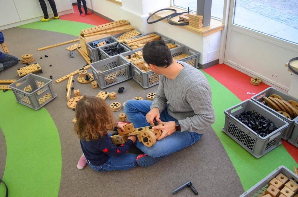 Familienausflug ins Spielzeugmuseum Salzburg mit Kindern; Kreativwerkstatt