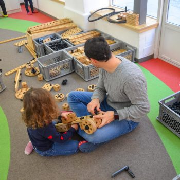 Familienausflug ins Spielzeugmuseum Salzburg mit Kindern; Kreativwerkstatt, the urban kids