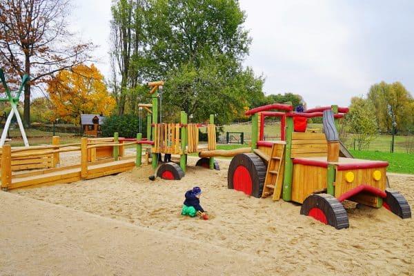 kinderfreundlicher Bauernhof Südpark in Düsseldorf