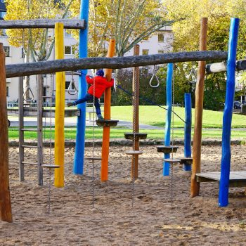 Spielplatz Schillerplatz, Kinderspielplatz Düsseldorf-Zoo, playground recommended by the urban kids