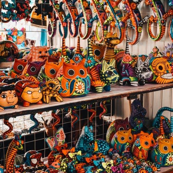 Mercado San Miguel in Mexiko mit der Familie