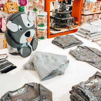 Spielplatzkind Kinderladen München; hochwertige Outdoorkleidung für Kinder