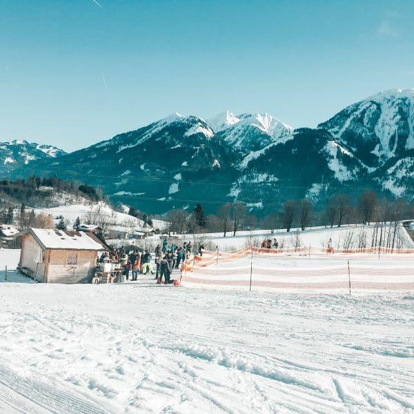 Skihang für Kinder; Übungshang für Kinder in Goldegg - Skifahren mit Kind