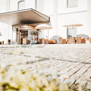 B2 Boutique Hotel + Spa - Außenbereich