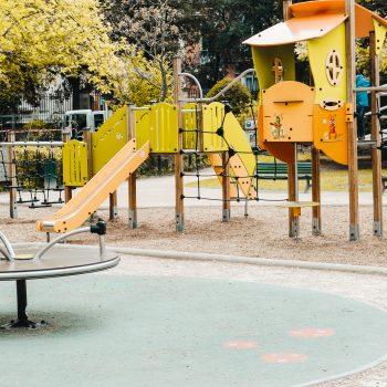 Spielplatz Jardin des Plantes mit Kindern in Toulouse mit Kleinkindbereich