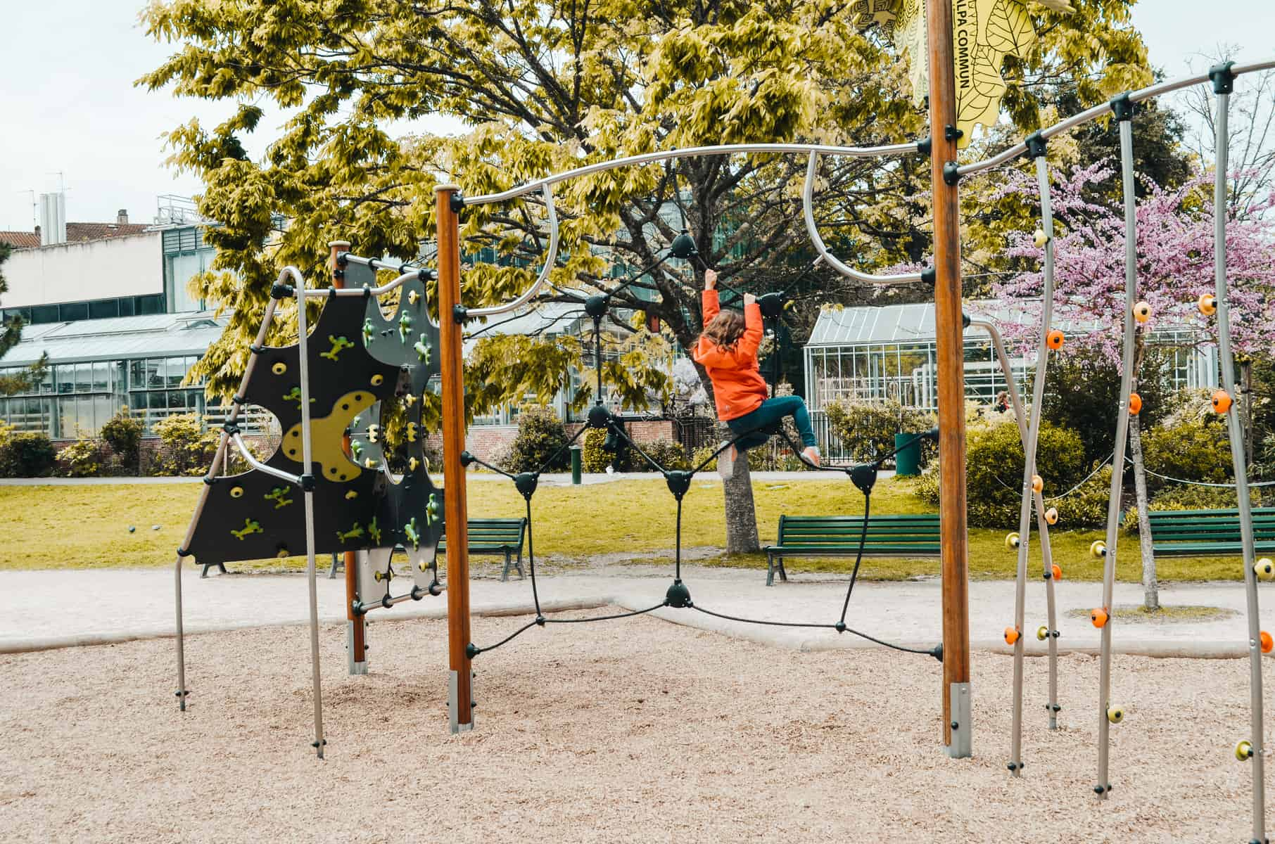 Spielplatz in Toulouse mit Kindern recommended by the urban kids