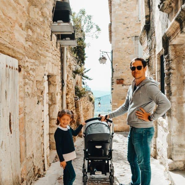 Unterwegs in Frankreich mit Kindern - Tagesausflug nach Gordes - unterwegs mit Bugaboo