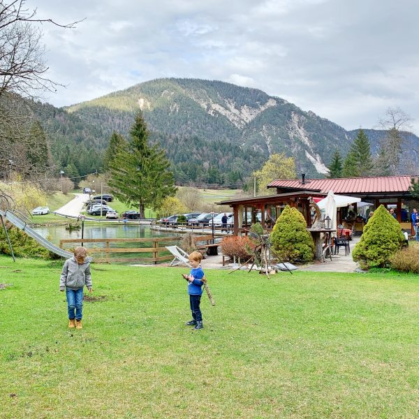 children-friendly restaurant Rio Argento in northern Italy, best freshest trout, recommended by the urban kids
