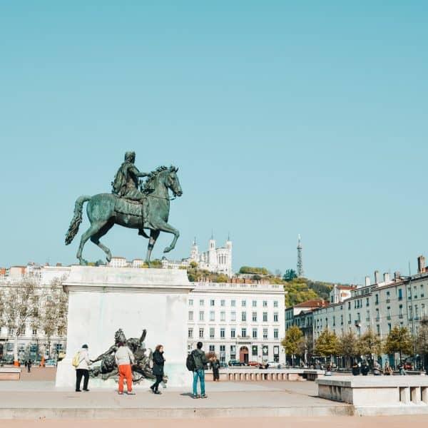 Lyon mit Kindern - Städtereise mit Kindern - Place Bellecour