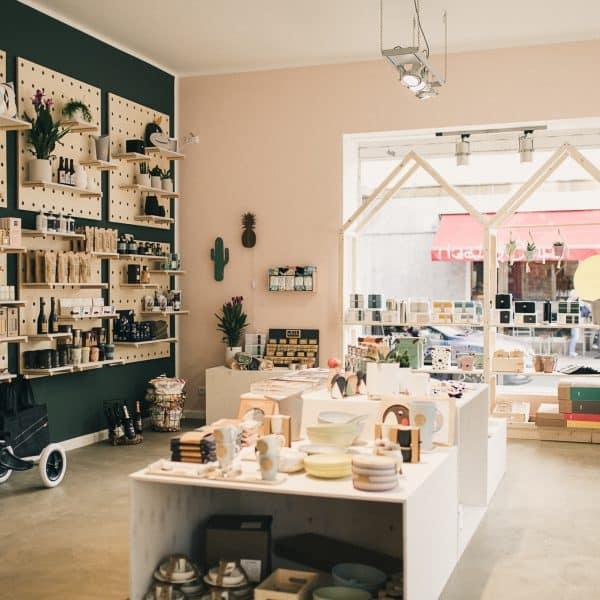 Family Concept Store qnOOTsch in Düsseldorf Oberkassel, familienfreundlicher Kinderladen