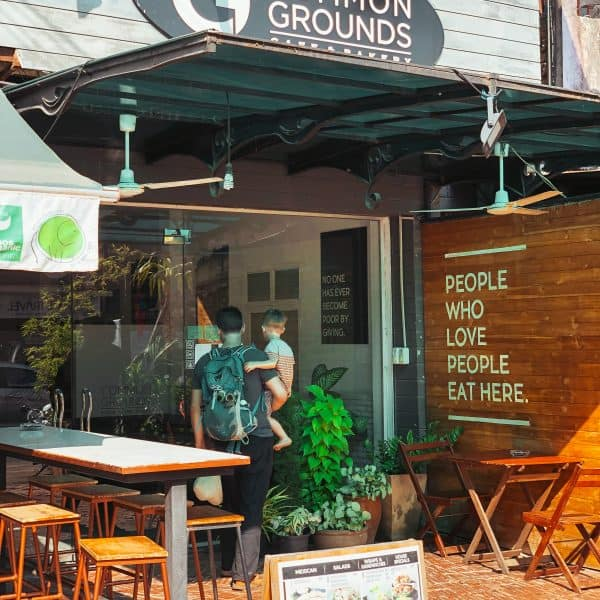Laos mit Kind, Vientiane, kinderfreundliches Common Grounds Cafe
