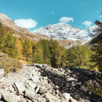 Familienurlaub in Zinal_Wanderung mit Kindern in Zinal Richtung Lac d'Alpitettaz13