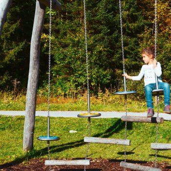 Familiewanderung am Spitzingsee mit Kindern_Rundgang um den See mit Spielplatz