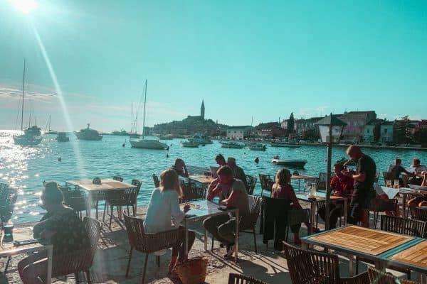Familienurlaub Kroatien mit Kind in Rovinj, familienfreundliches Restaurant, kinderfreundlicher Service