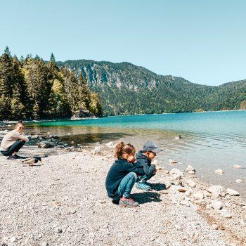 Kinderwagen Wanderung mit Kindern um den Eibsee