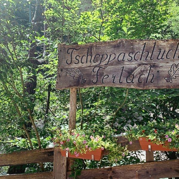 Familienwanderung Tscheppaschlucht in Kärnten, the urban kids