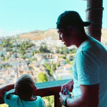 Granada mit Kinder - die Alhambra begeistert die ganze Familie