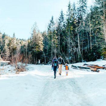 Wandern mit Kindern in Benediktbeuern am Lainbach entlang
