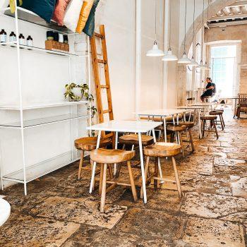 Comoba-Frühstücken in Lissabon mit Kindern - entdeckt dieses kinderfreundliche Café in Lissabon