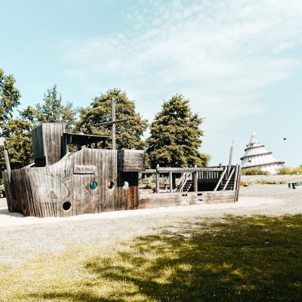 Der Schiffsspielplatz im Mageburger Elbauenpark